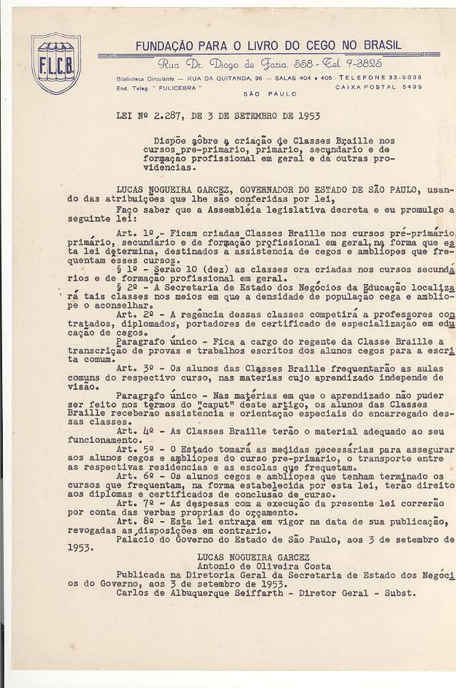 Foto do texto da Lei em preto e branco